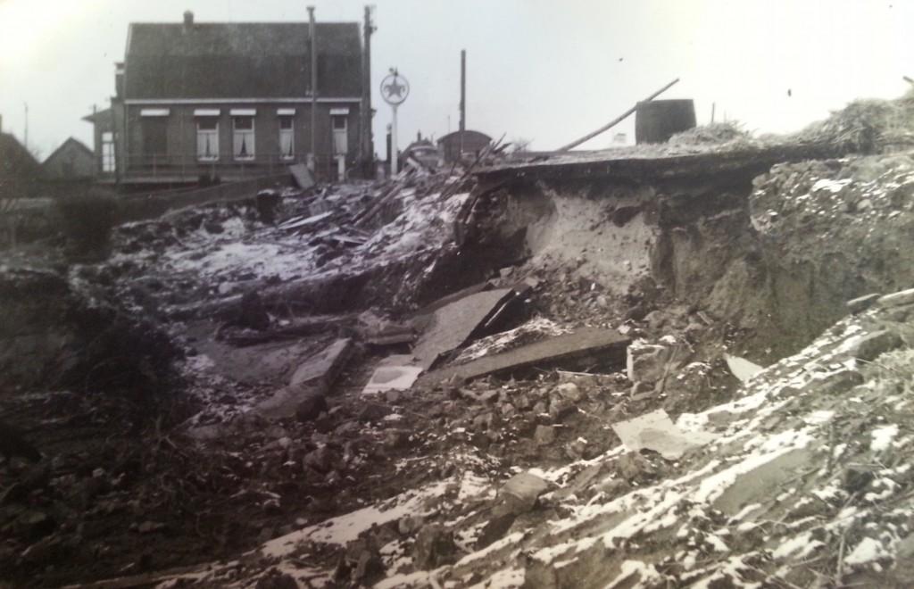 watersnood-blaaksedijk-1953-02
