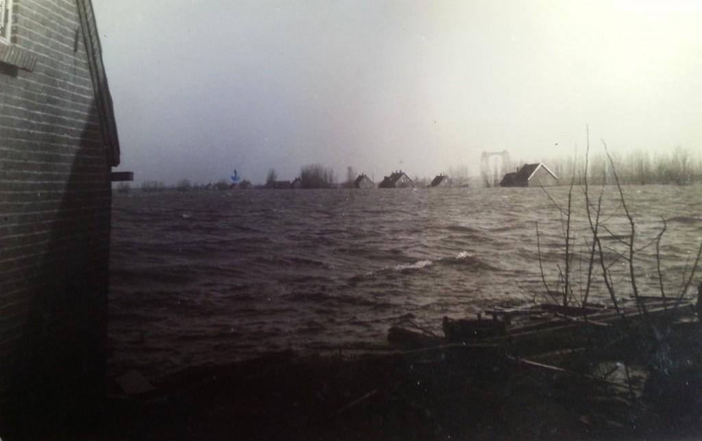 watersnood-blaaksedijk-1953-03