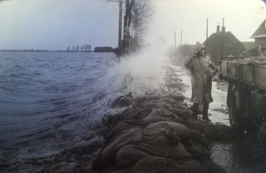 watersnood-blaaksedijk-1953-05