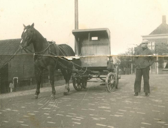 barendrecht-adrie-lems-noldijk-melkboer-omstreeks1938-01
