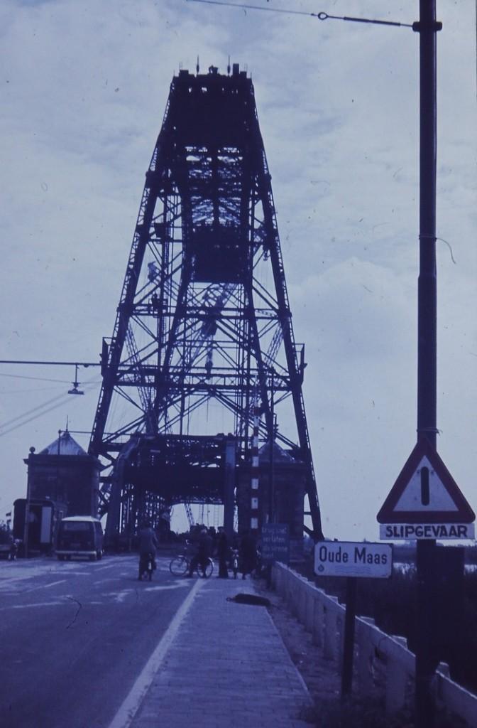 foto-barendrechtsebrug-jaren70-01