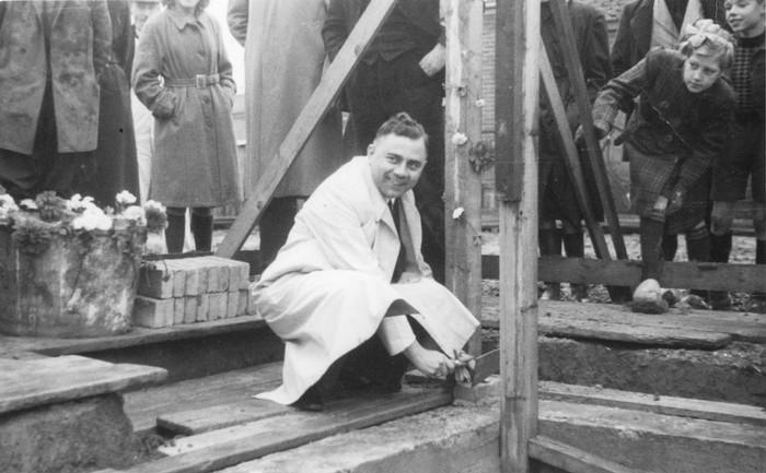 goudswaard-hammer-1948-01