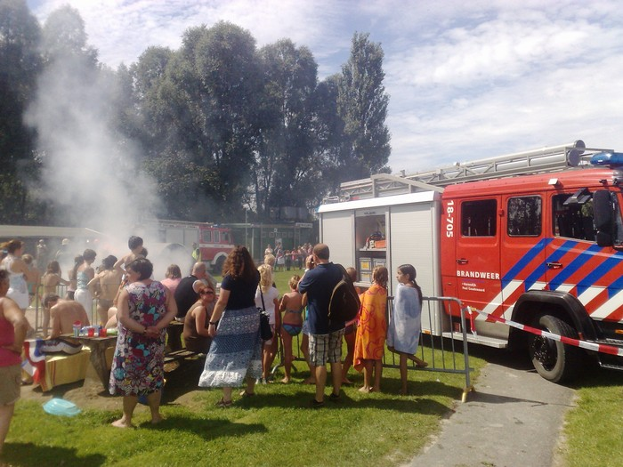 korendijk-brandweer-oefening-20aug2011-12