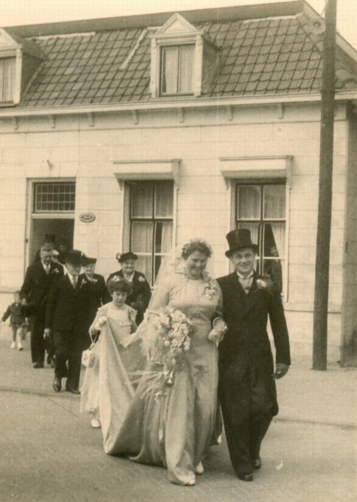 lien-en-wim-14april1955-piershil-huwelijk-01