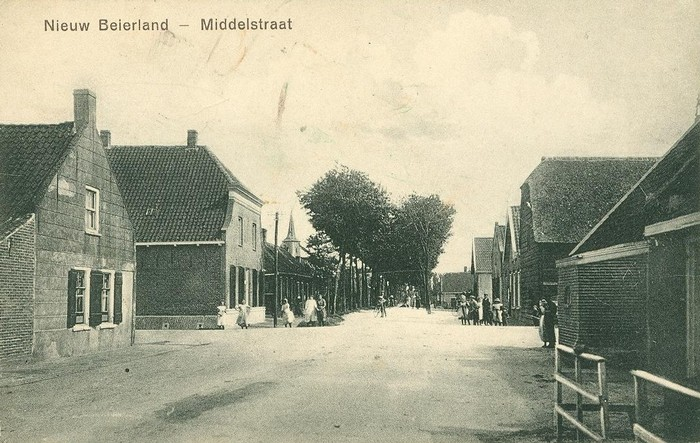 nieuw-beijerland-middelstraat-01