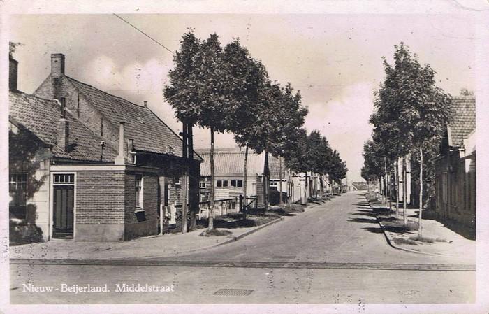 nieuw-beijerland-middelstraat-02