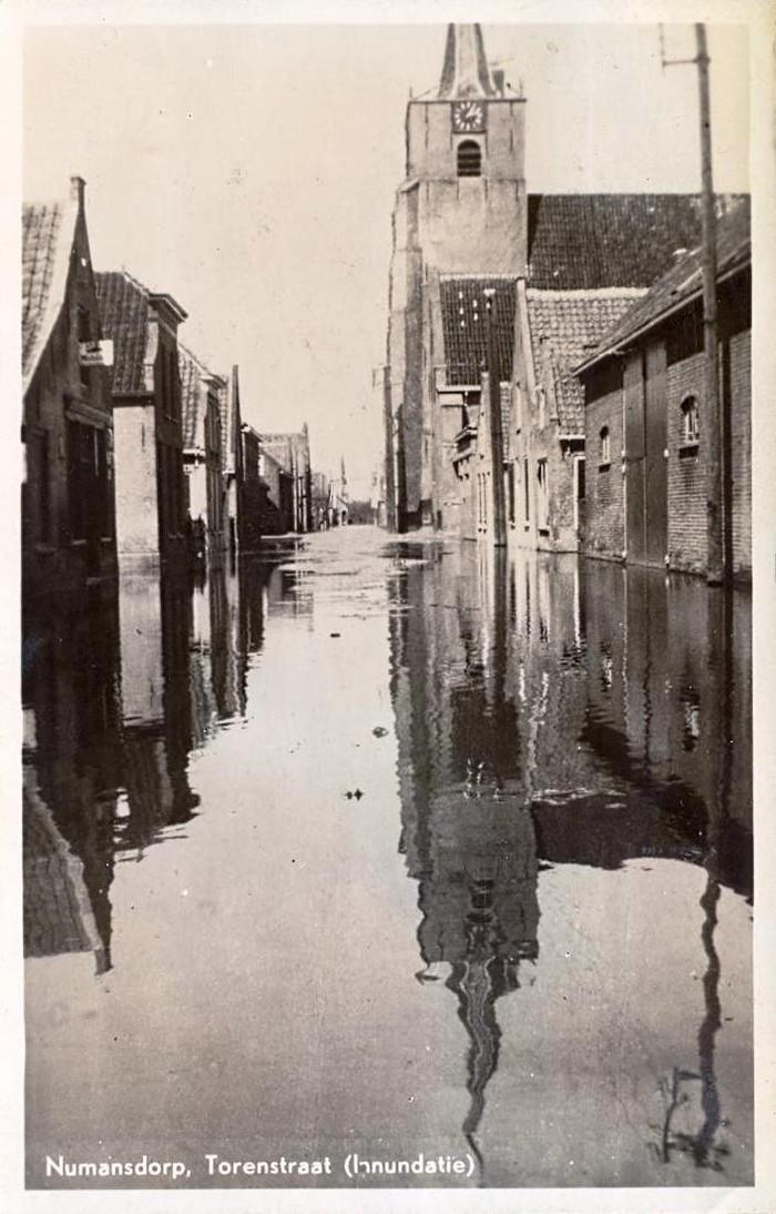 numansdorp-torenstraat-inundatie-01