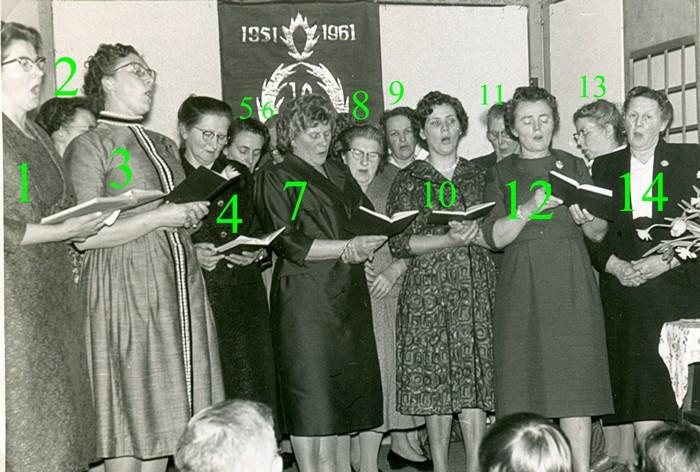 piershil-10jaar-vrouwenvereniging-weesgetrouw-1961-02-nrs