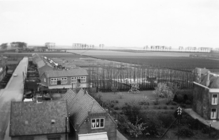 piershil-1957-april-vanuitkerktoren-02