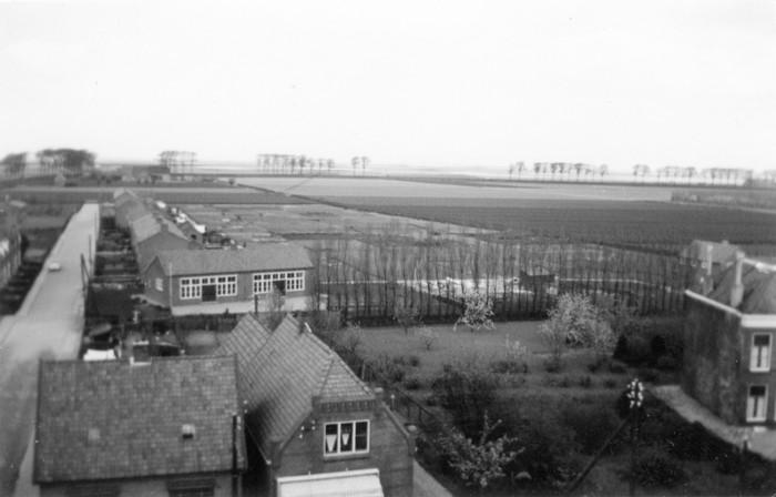 piershil-1957-april-vanuitkerktoren-02