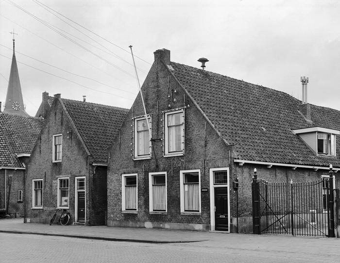 piershil-2panden-voorstraat-1968