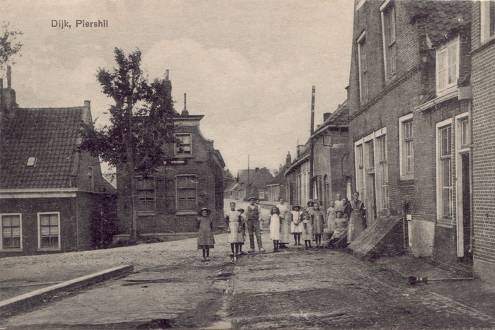 piershil-ansicht-1919-dijk