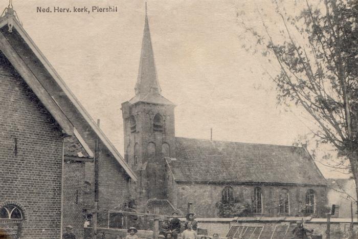 piershil-ansicht-1919-kerk