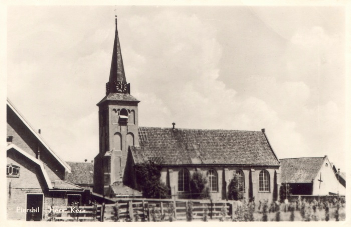 piershil-ansicht-pouwe-serie1-kerk