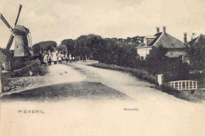 piershil-ansicht-tot1920-molen