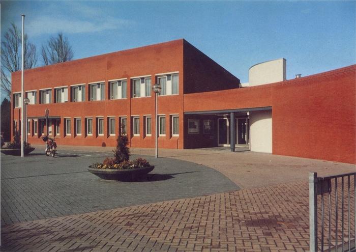piershil-ansicht-vantrappen-serie2-gemeentehuis