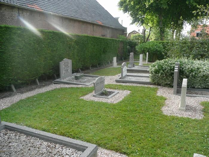 piershil-begraafplaats-brammetje-17mei2011-01