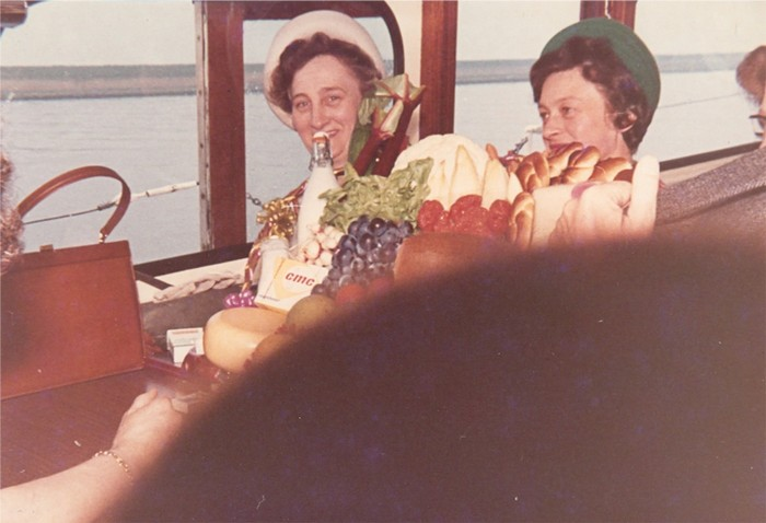piershil-bezoek-commissaris-1968-01