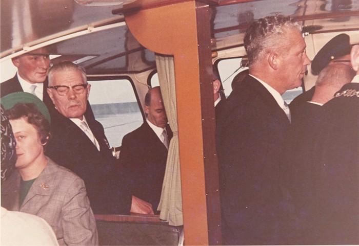 piershil-bezoek-commissaris-1968-02