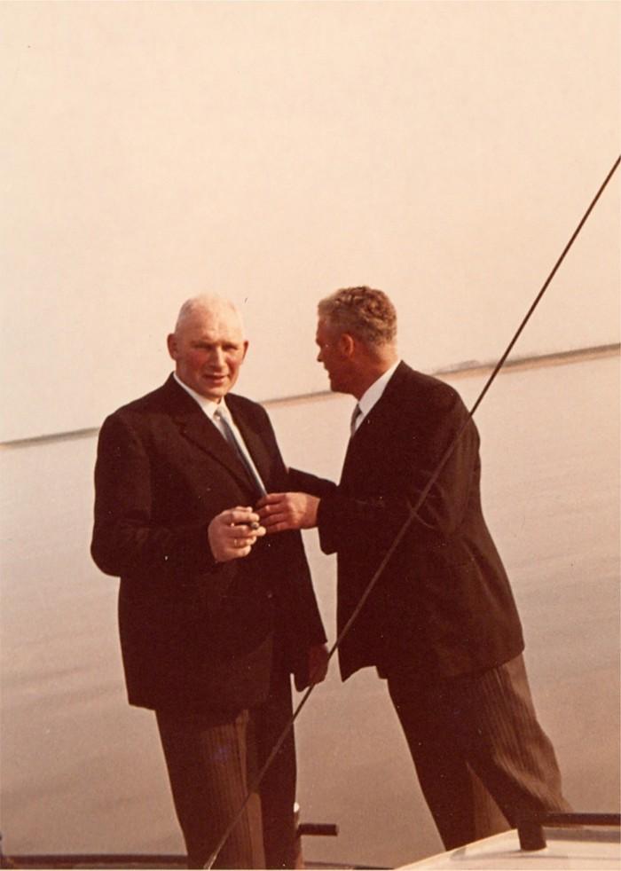 piershil-bezoek-commissaris-1968-03