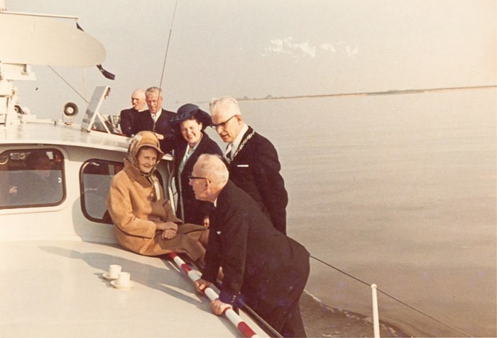 piershil-bezoek-commissaris-1968-05