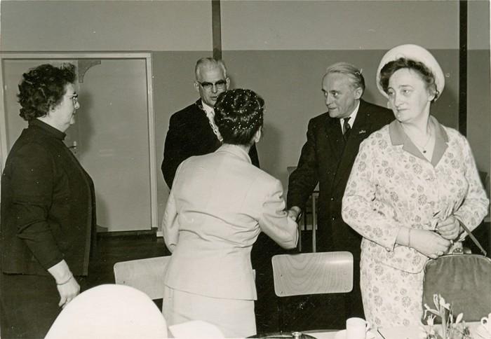 piershil-bezoek-commissaris-1968-06