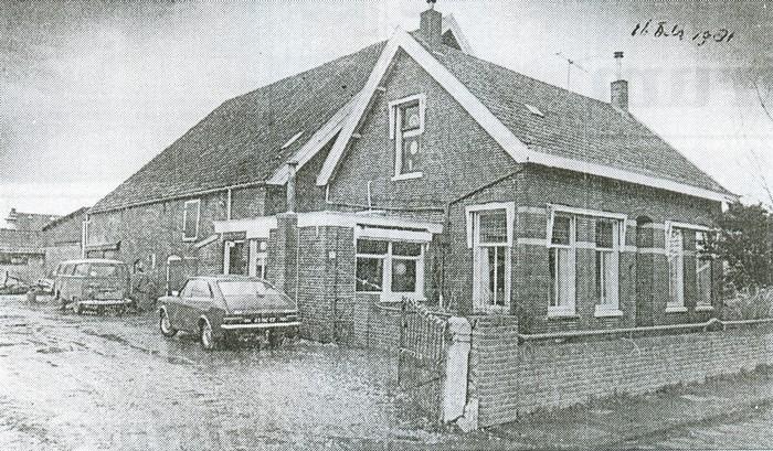 piershil-bouw-gymzaal-16april1981-01
