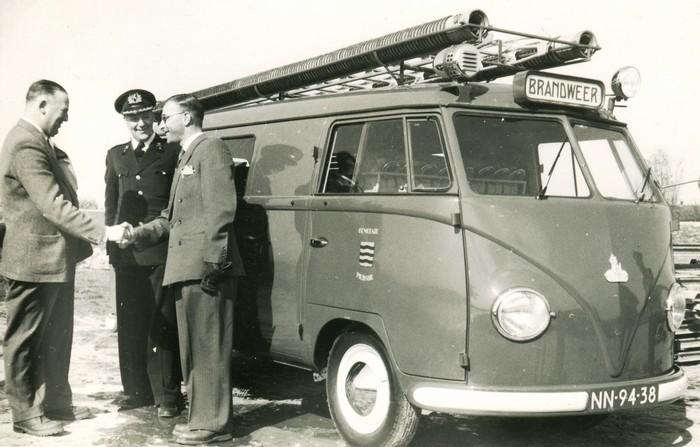 piershil-branweer-vwbus-1mei1954-02