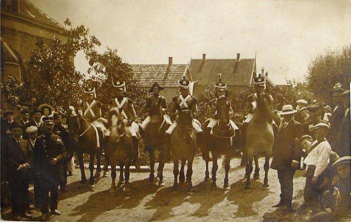 piershil-feest1913-franseofficieren