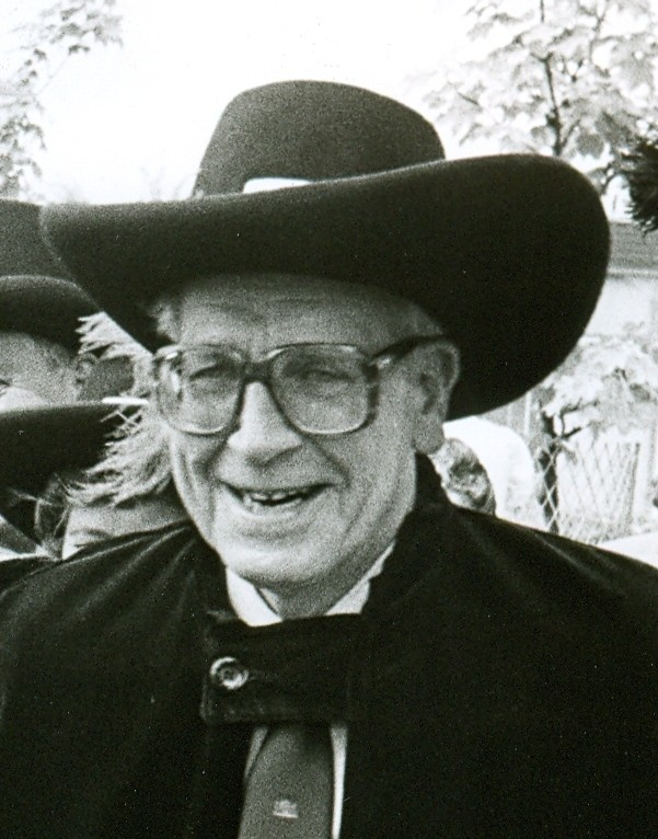 piershil-foto-burgemeester-vandijck-1975