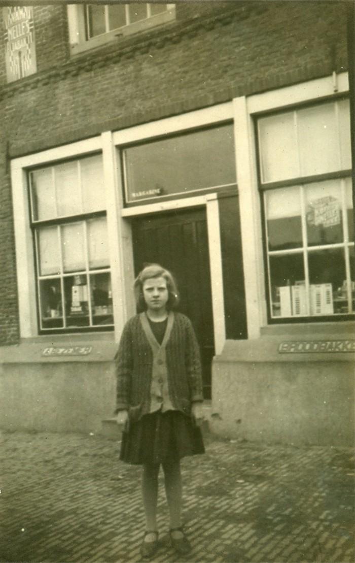 piershil-foto-jennibezemer-winkel-1927