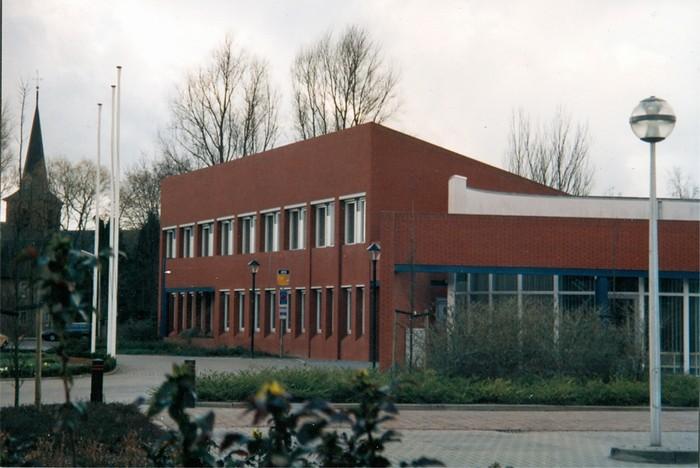piershil-gemeentehuis-1995