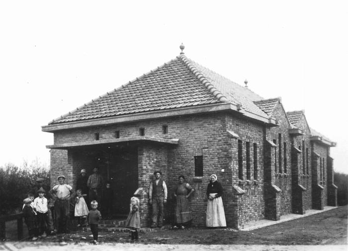 piershil-gereformeerde-kerk-poseren
