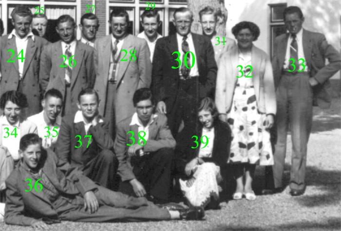 piershil-gezelschap-bus-laco-1952-02