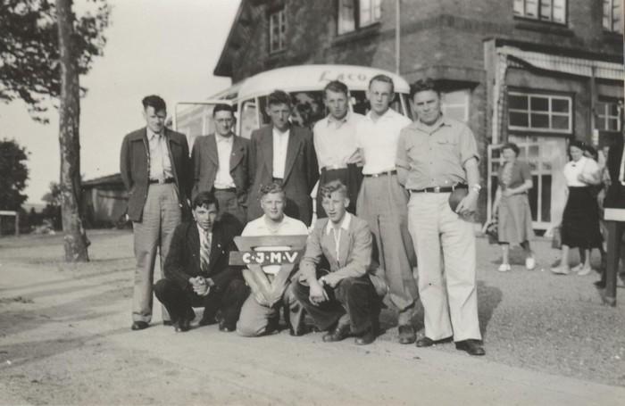piershil-gezelschap-cjmv-1953