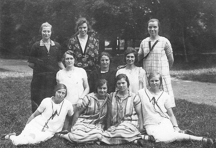 piershil-groepsfoto-dames-1933