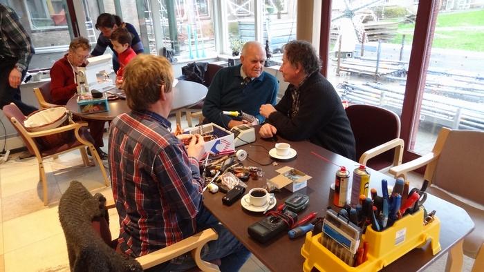 piershil-heemicht-repair-cafe-8feb2014-002