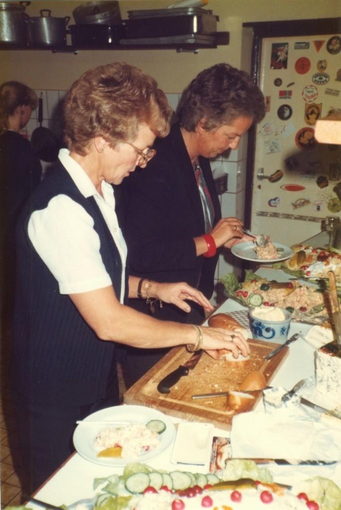 piershil-heropening-cafetaria-1983-03