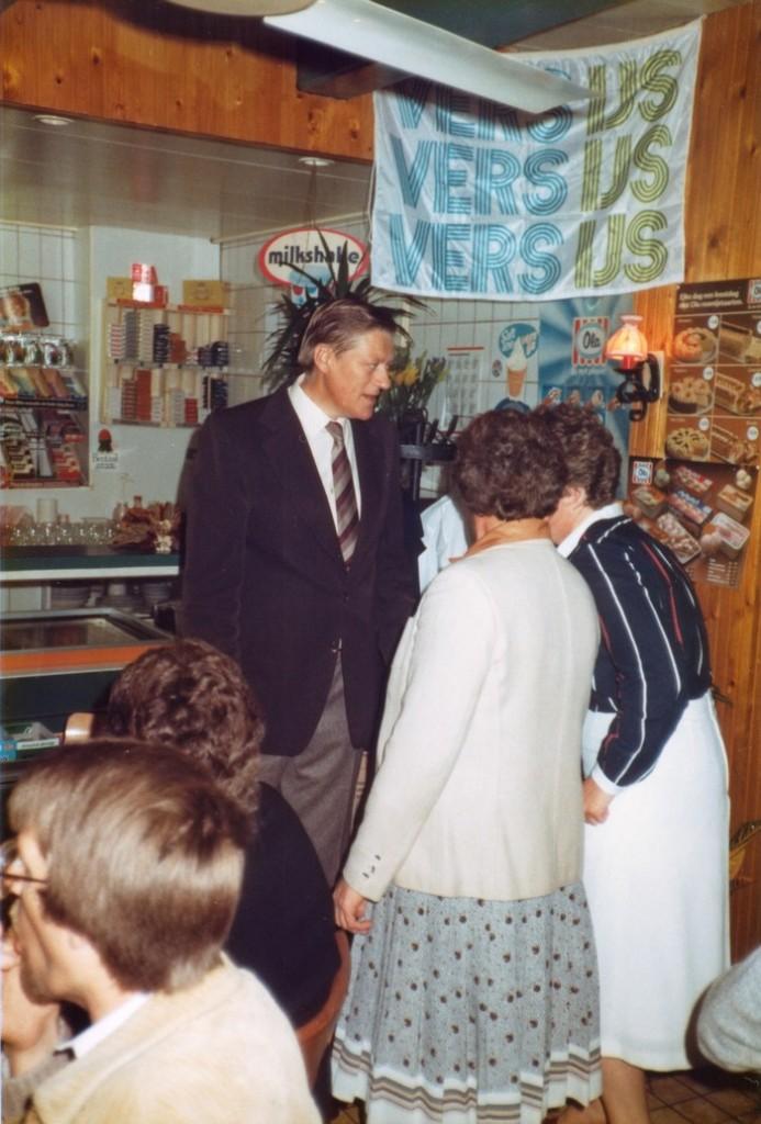 piershil-heropening-cafetaria-1983-05