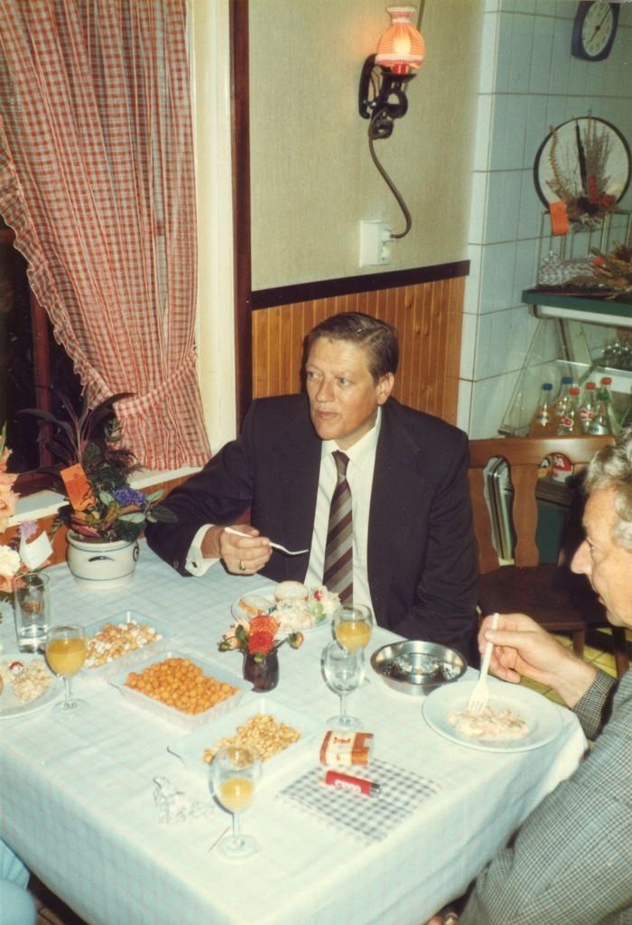 piershil-heropening-cafetaria-1983-23