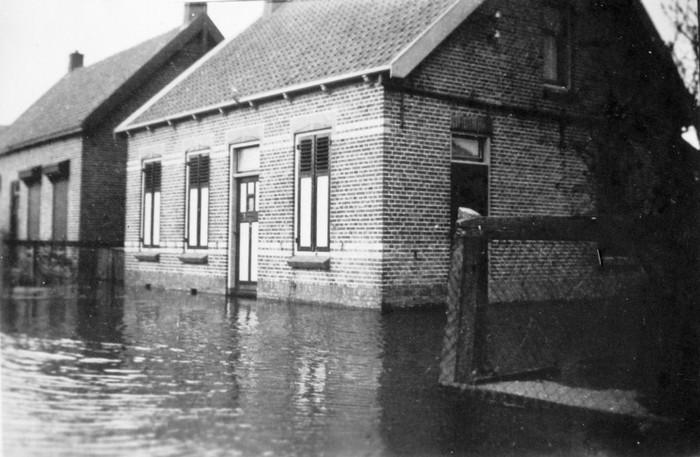 piershil-heullaan5-huizerozendaal-inundatie