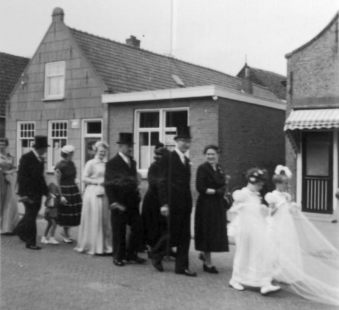 piershil-huwelijk-blokdepijper-4aug1955-02