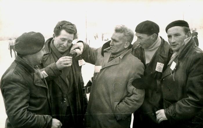 piershil-ijsclub-bestuur-circa1967