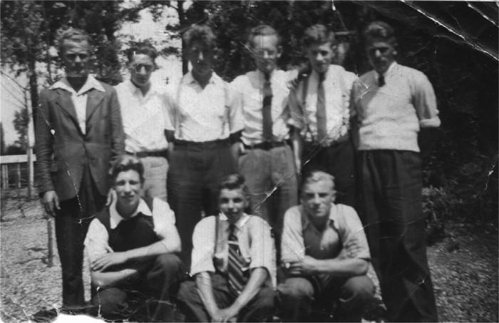 piershil-jongelingenvereniging-uitstapje-1948
