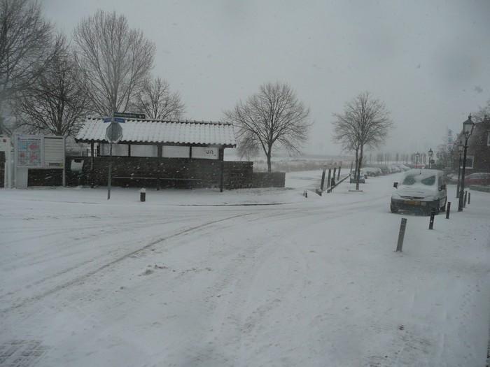 piershil-kade-sneeuw-20dec2009-01