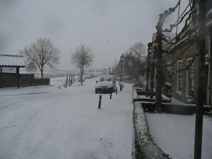 piershil-kade-sneeuw-20dec2009-02