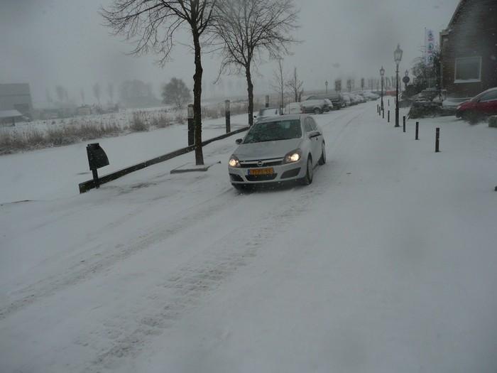 piershil-kade-sneeuw-20dec2009-04