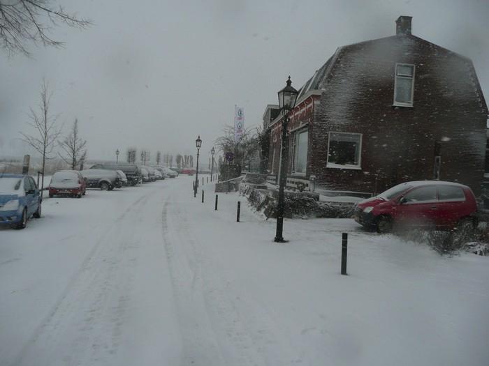 piershil-kade-sneeuw-20dec2009-06