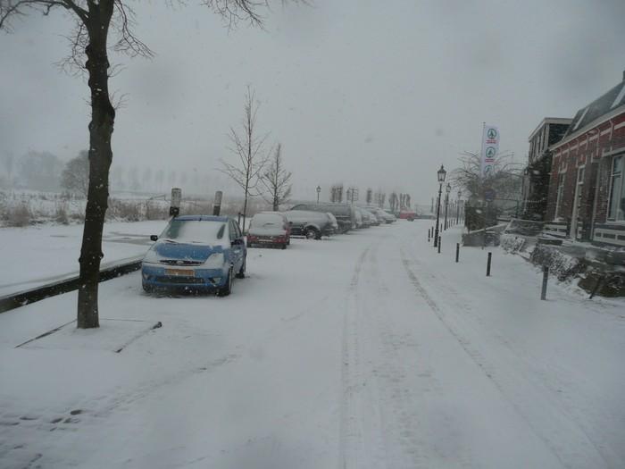 piershil-kade-sneeuw-20dec2009-07