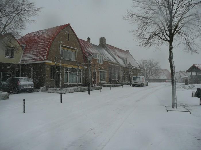 piershil-kade-sneeuw-20dec2009-09